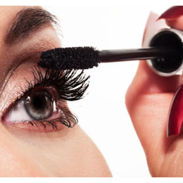 Mascara_application