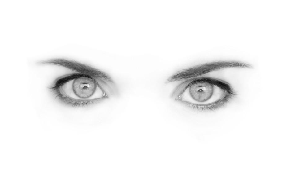 eyes-260571_1280
