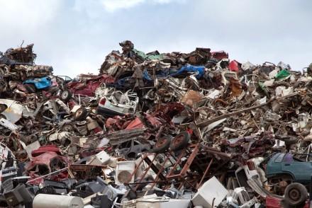 Une montagne de déchets... faites-vous votre part?