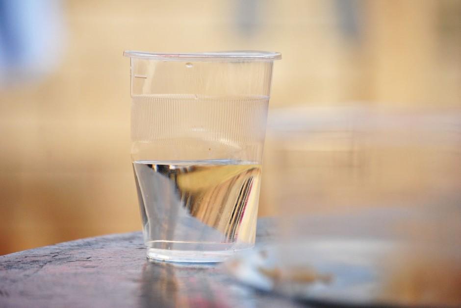 glass-360824_1920