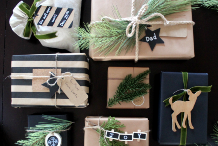 rustic-wrapping-with-greenery